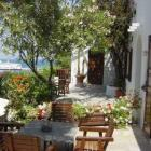 Mykonos Accommodation - where to stay close to the centre of town...