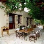 Elia Guesthouse in Ano Vouves - courtyard