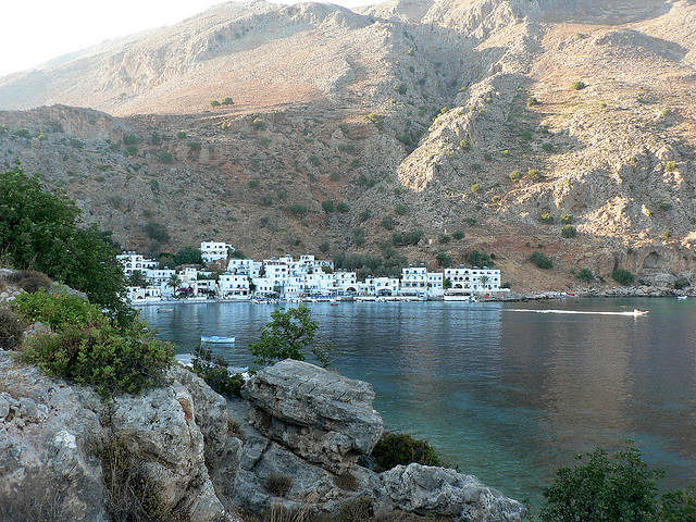 Loutro is a tiny seaside harbour village (image by Alistair Young)