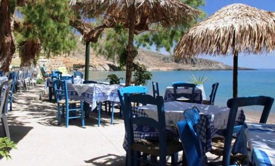 Akrogiali Taverna is right on the beach at Kato Zakros in eastern Crete