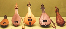 Cretan Music, lyrakia kai lyres