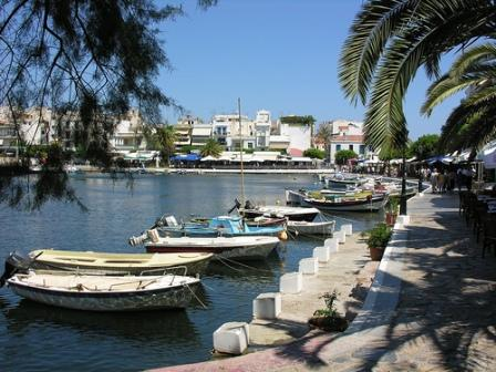 Lake Voulismeni (image by Phileole)