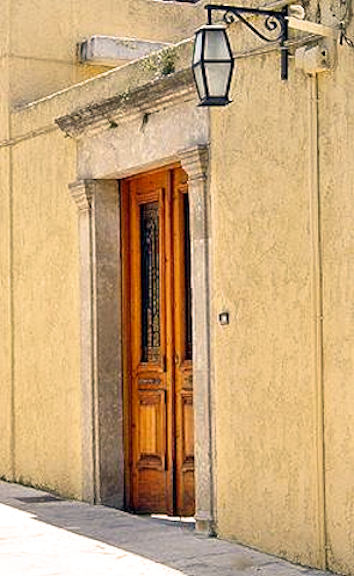 Lovely village doors (Image by M Hofner)