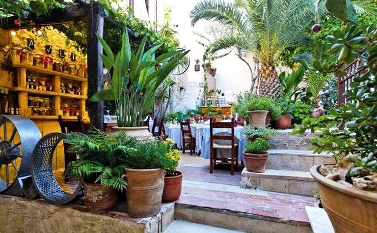 Avli Courtyard Rethymnon