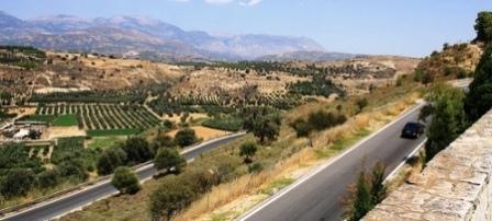 The road to Phaistos