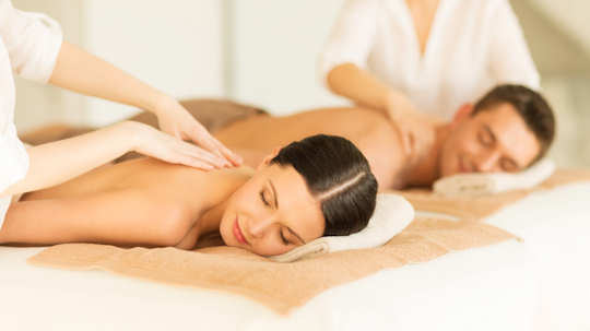 Honeymoon couple's massage in Crete Greece