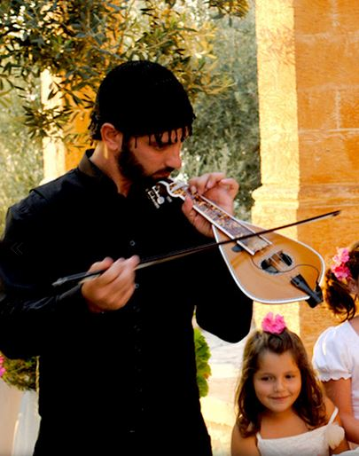 Cretan traditional music - lyra player
