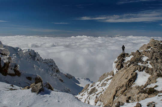 Dikti Mountains in snow and cloud (image by Andreas Loukakis)