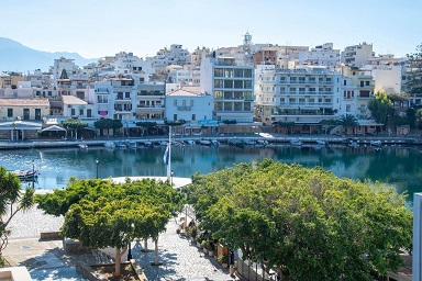Dreamhouse By The Lake is another great spot to choose as your central location in Agios Nikolaos.