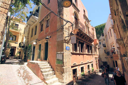 At Fagotto Art Residences you will be staying within the walls of the Old Town of Chania