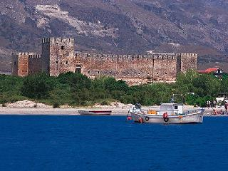 Frangokastello Castle on the beach of the same name
