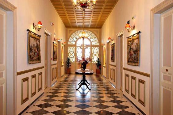 Halepa Hotel, Chania, hallway