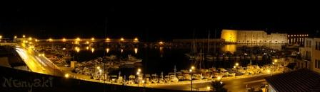 The old harbour at night (image by Nenyaki)