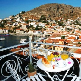 Hydra hotels and guesthouses within walking distance to the old port