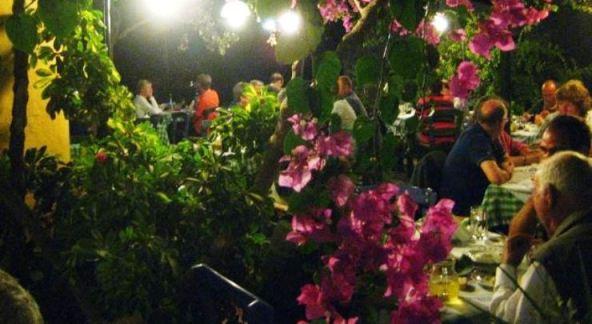 Taverna in Kamilari, Crete
