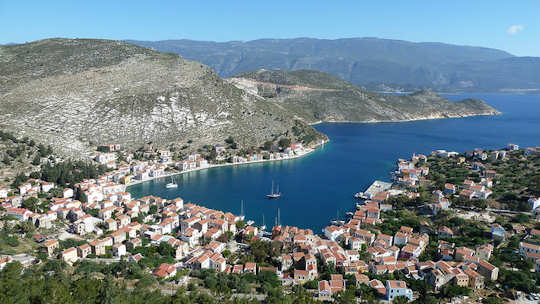 Kastellorizo Harbour (image by Kostas Limitsios)