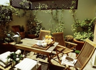 Kefalari Suites - Kifissia - courtyard