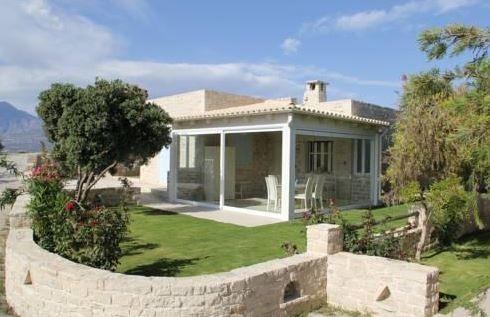 Koronio Villas - garden