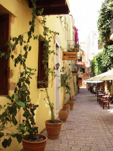 Madonna Studios are located in the narrow lane ways of the Old Town in Chania Crete