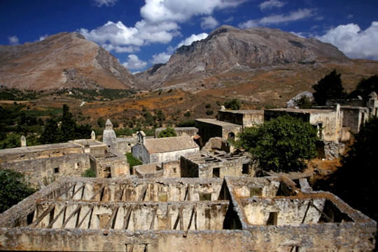 Kato Preveli Monastery is in ruins