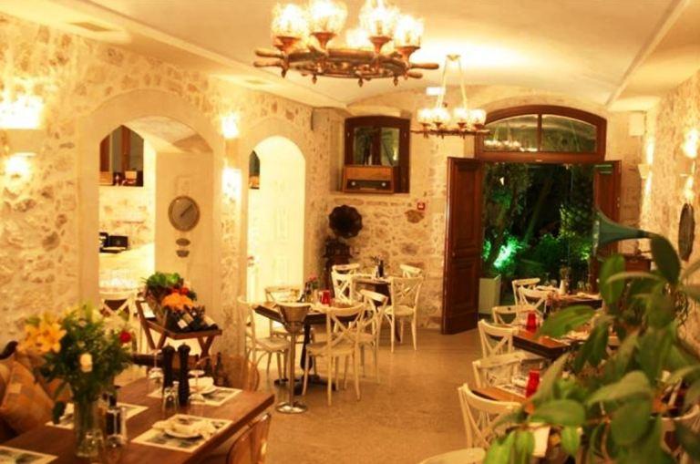 Palazzino di Corina - traditional style