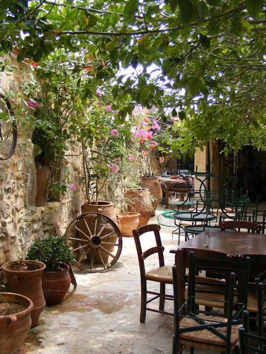 Polioudakis Cafe, Asteri Rethymnon