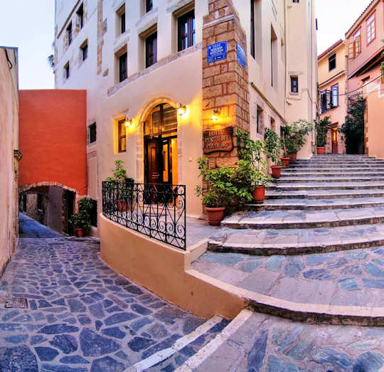 Porto Del Colombo Pension - a renovated Venetian building on the western side of the Old Town of Chania