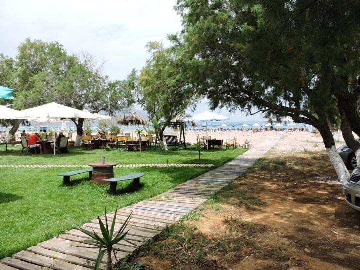 The budget Poseidon Studios are located directly on the beach at Georgioupolis.