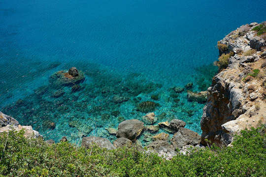 Clear waters at the Preveli lookout (image by Franco Vannini)