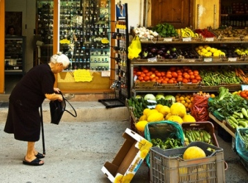 Fresh food markets (image by Wolfgang Staudt)
