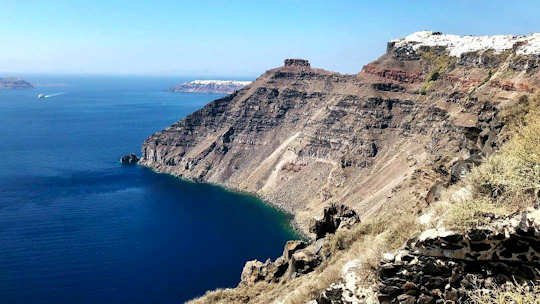 Magnificent views of the caldera of Santorini
