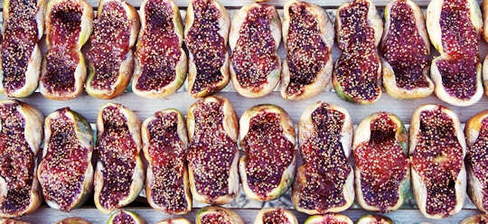 Split sun dried figs