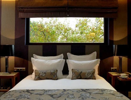 The Y Hotel Kifissia - interior