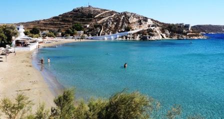 Vari Beach, Syros