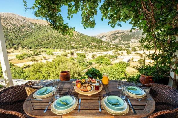 Villa Galatia has traditional Cretan design and modern comforts, relax on the Askifou Plateau, Sfakia, Crete