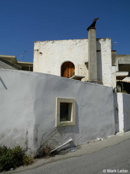 Vori village house in Crete (image by Mark Latter)