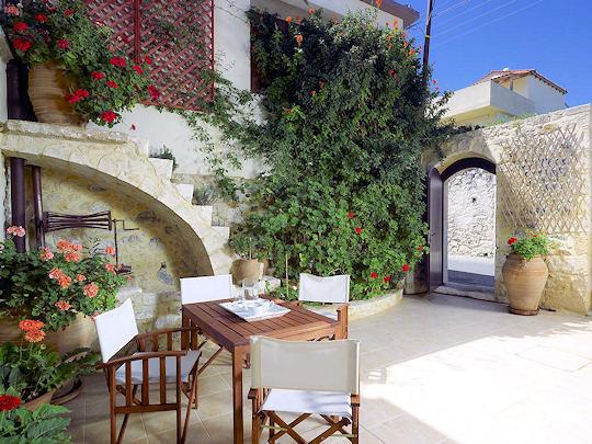 Agrielia Villa Courtyard, Sgourokefali, Crete