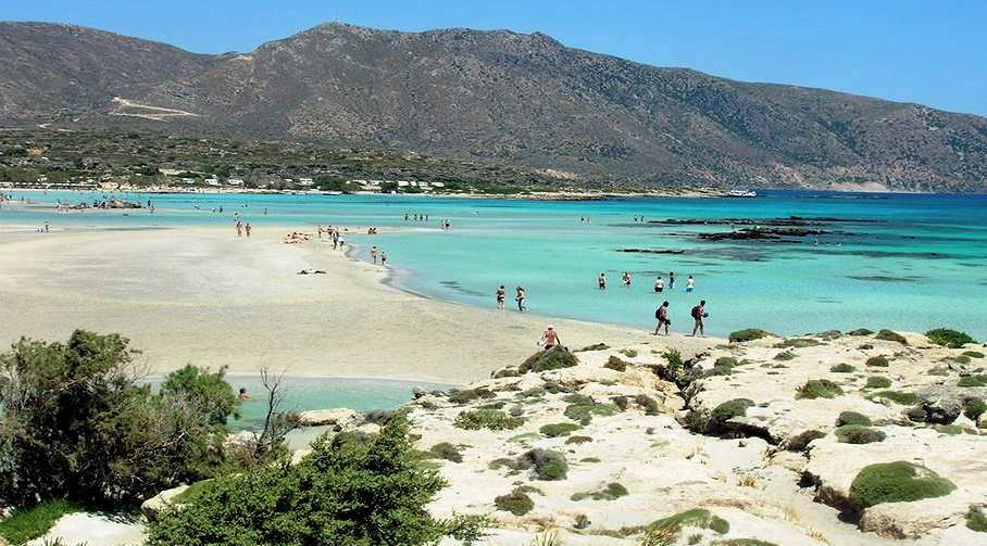 Elafonisi Beach - an undeveloped beach in the south-west of the island
