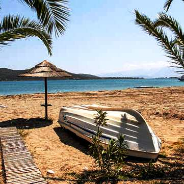 Elounda Beach is calm and protected