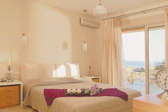 Villa Maya - interior - bedroom