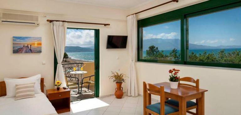 Mesogios Beach Hotel on Kissamos Bay, western Crete
