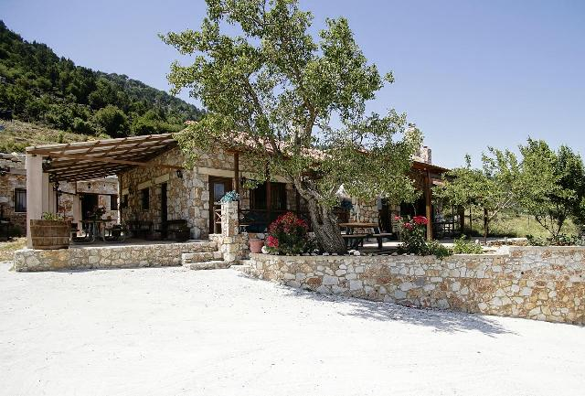 Mikes Houses are close to both Samaria and Agia Irini Gorges