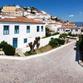 Hydra Hotels - within walking distance to the port - The Orloff