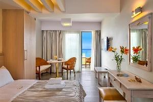 Palm Beach Apartments interior