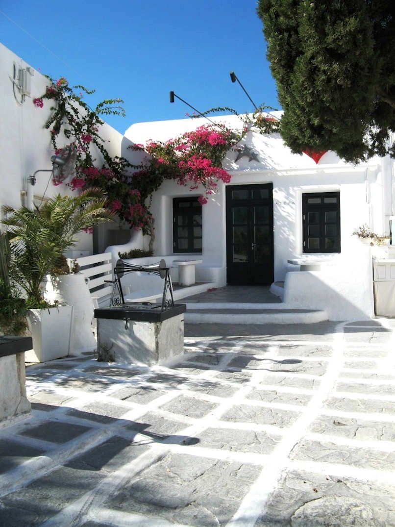 Myknonos Greece - a tiny courtyard in Chora or town