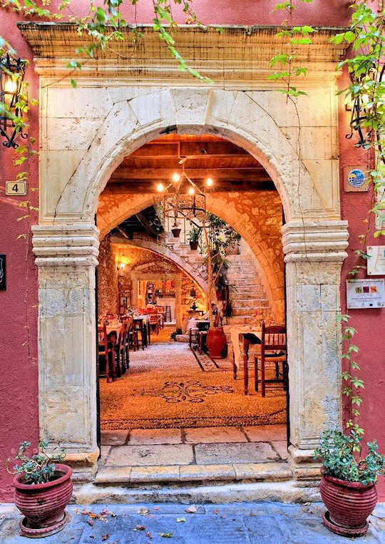 Doorway to Veneto restaurant in Rethymnon