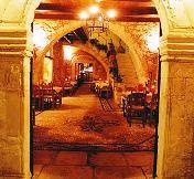 Veneto Hotel - entrance archway