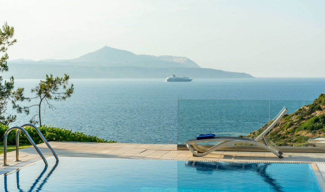 With 7 bedrooms and 4 bathrooms Villa Ioanna easily accommodates 12 guests for a holiday in comfort in Crete