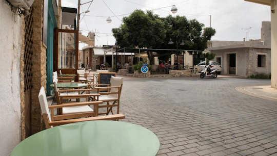 Quiet plateia in Vori, Crete
