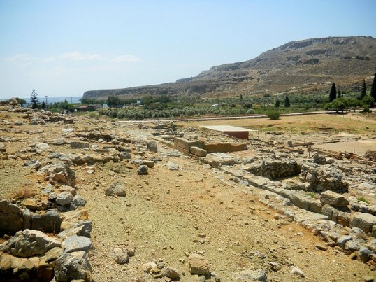 The Minoan Zakros Palace sits just a few hundred metres from a quiet sandy beach at Kato Zakros